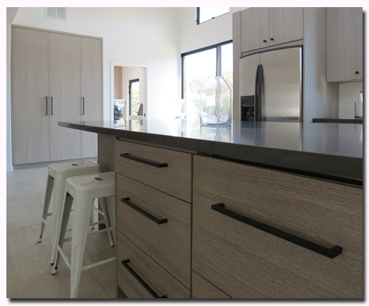 Custom RTA Kitchen cabinets featuring Cleaf Bagnola Pantry and Cleaf Fiascherino Island